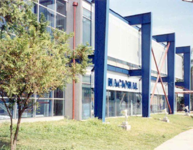 Construção Estrutura metálica  Comerciais e Institucionais Prédio do Banco Nacional