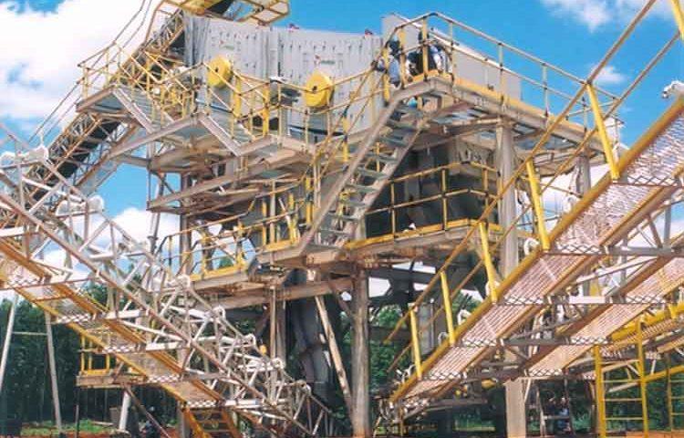 Construção Estrutura metálica Prédio de Equipamentos Siderurgia, Mineração e Energia