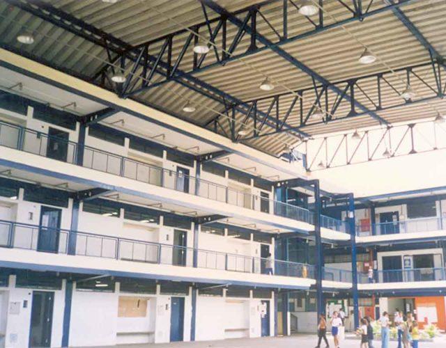 Construção Estrutura metálica Construção da Escola