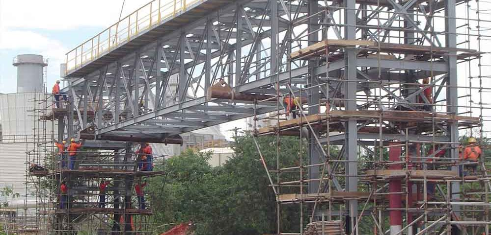 Construção Estrutura metálica  Petróleo, Papel e Celulose Prédio Industrial - RNEST - Petrobras