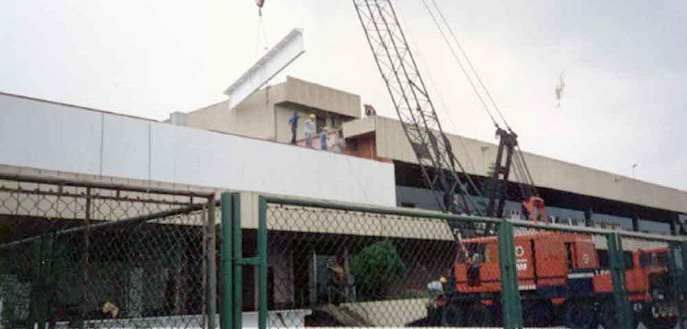 Construção Estrutura metálica  Comerciais e Institucionais Aerporto